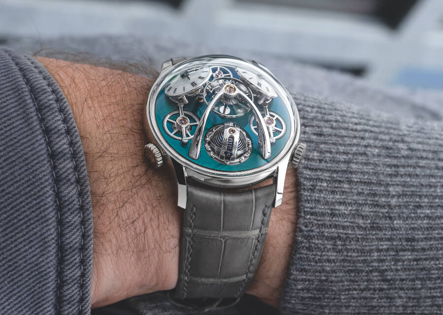Review MB&F LMX Watch