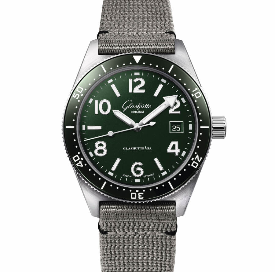 Diver Watch With green Dial and Bezel