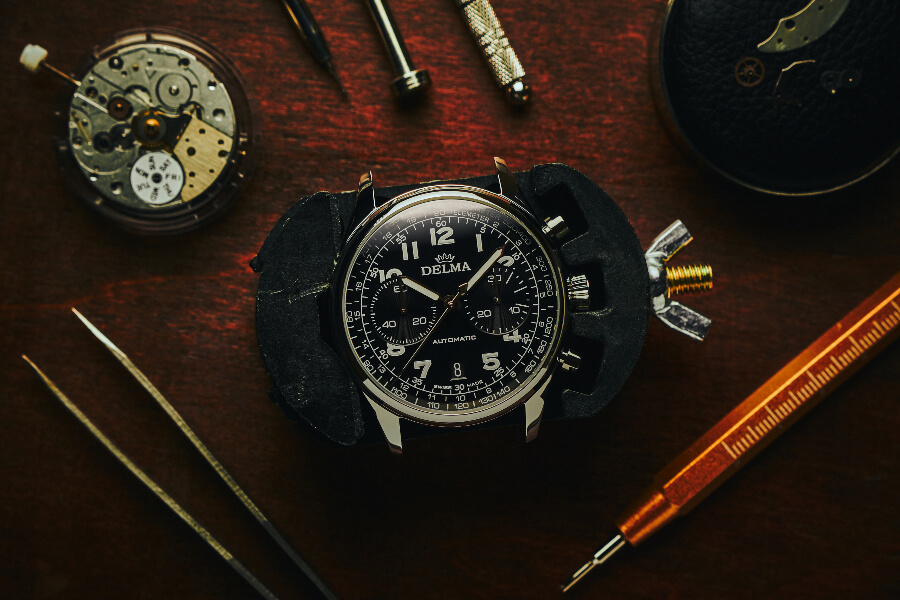 Review Delma Heritage Chronograph Limited Edition
