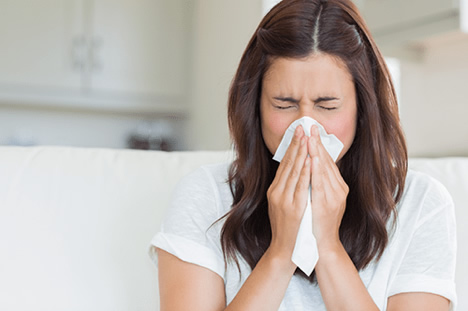 woman suffering with sinusitis