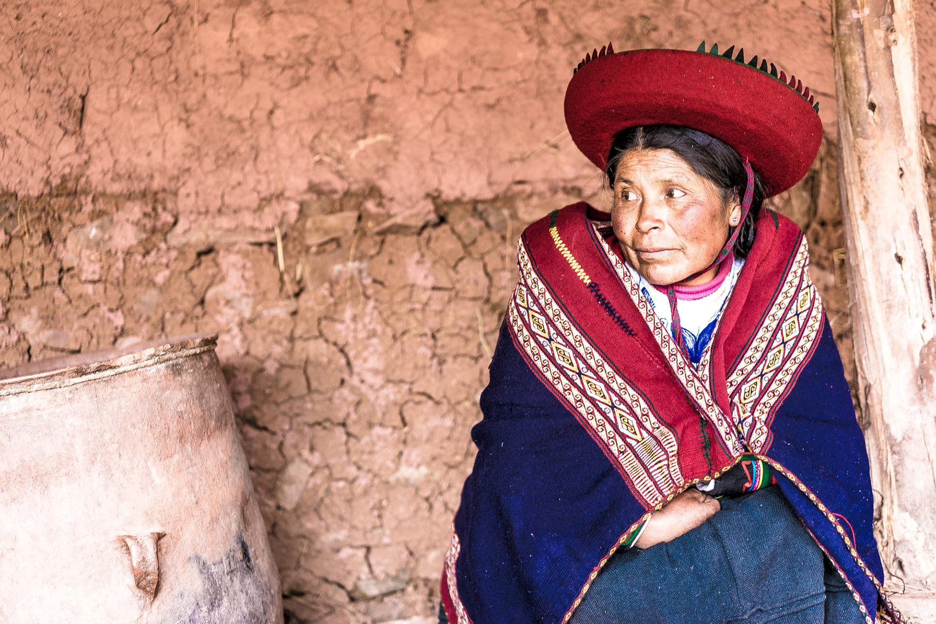 Peru Woman Portrait - Alpaca Yarn Dye