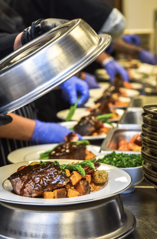 best caterers texas plating