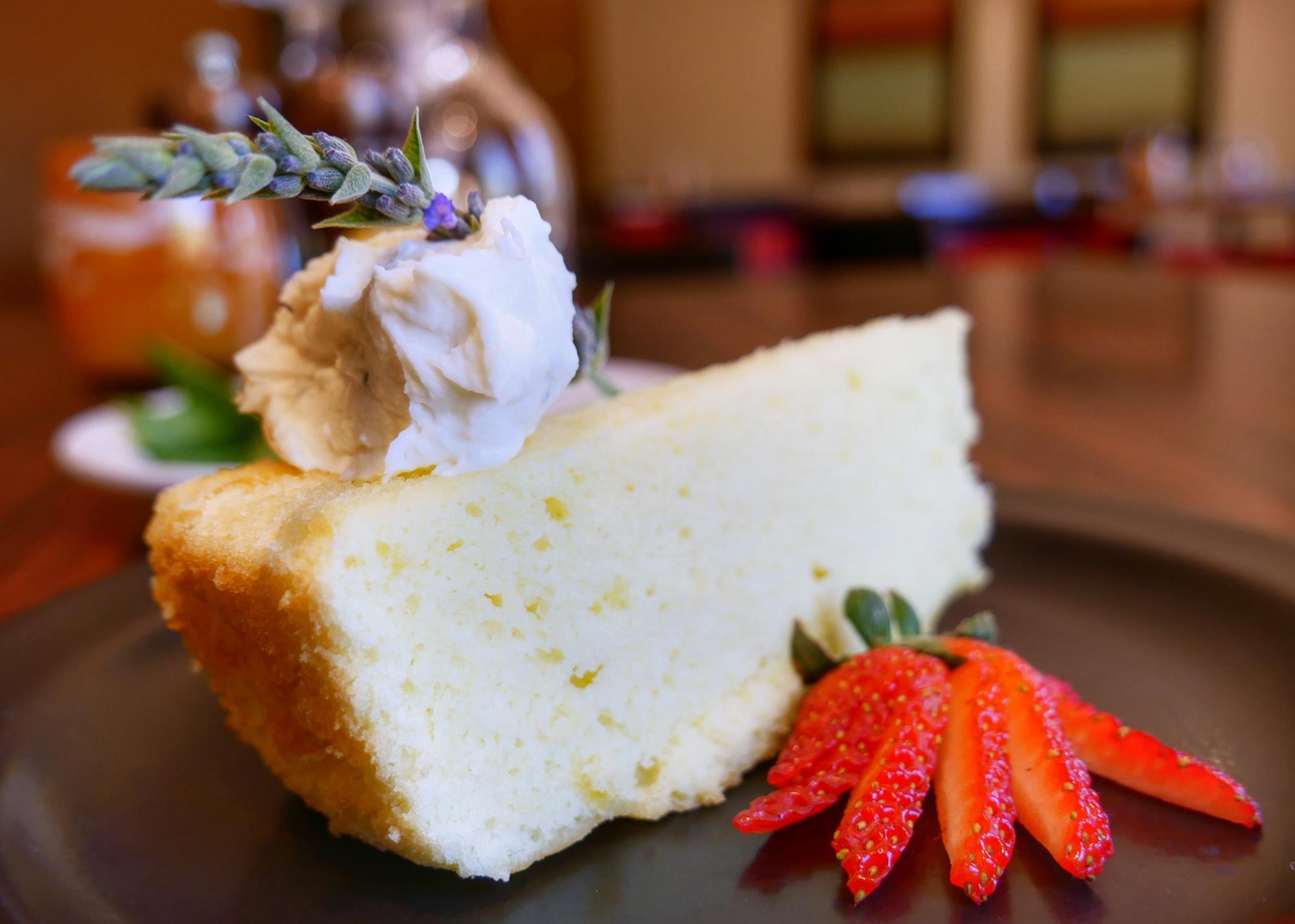 Italian Lemon Chiffon Cake