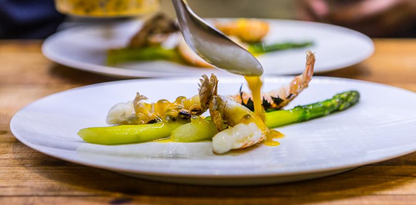 batard slideshow prawn asperagus