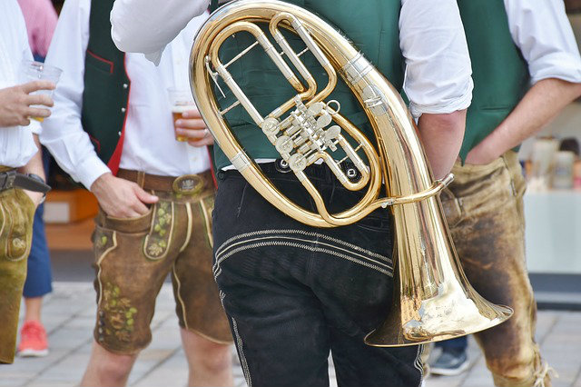 music at the oktoberfest