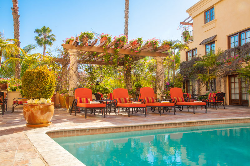 Best Western Sunset Plaza Pool & Courtyard