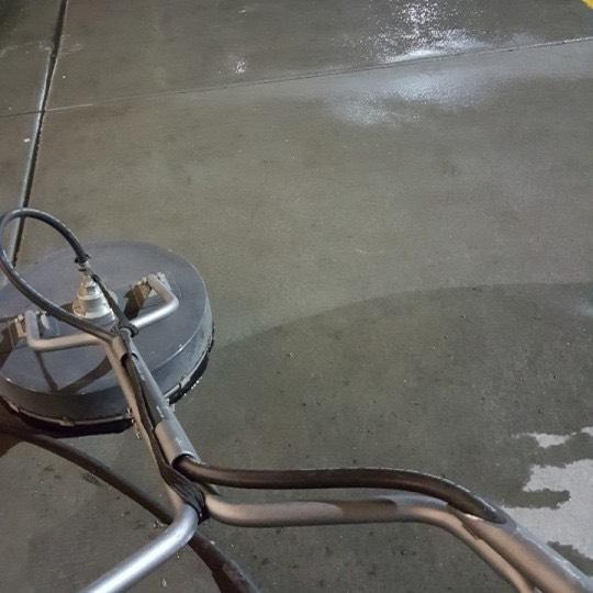 Pressure washing concrete in Las Vegas NV