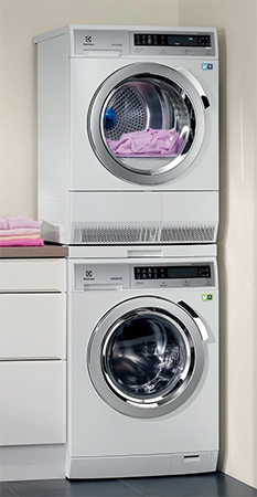 photo seche linge et lave linge superposes