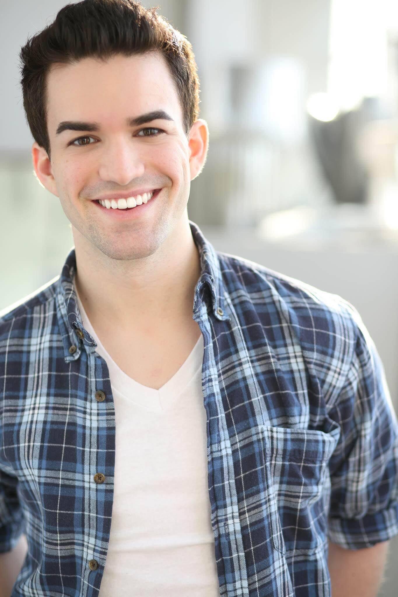 Tony Clements Broadway Best Vocal Coach Matt Farnsworth Vocal Studio Best Voice Teacher in the World NY MF Voice app Singing
