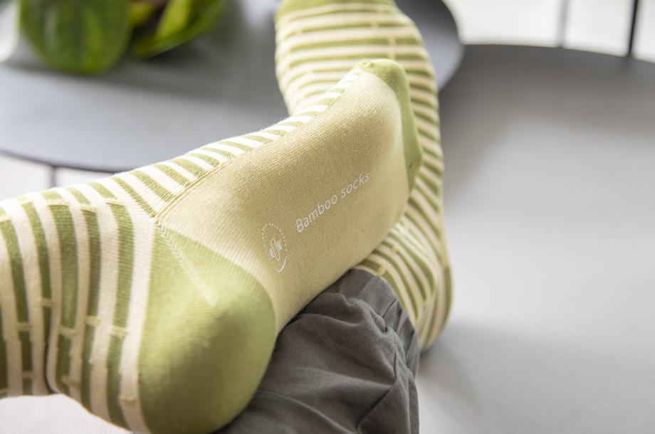 Bambukuituiset sukat