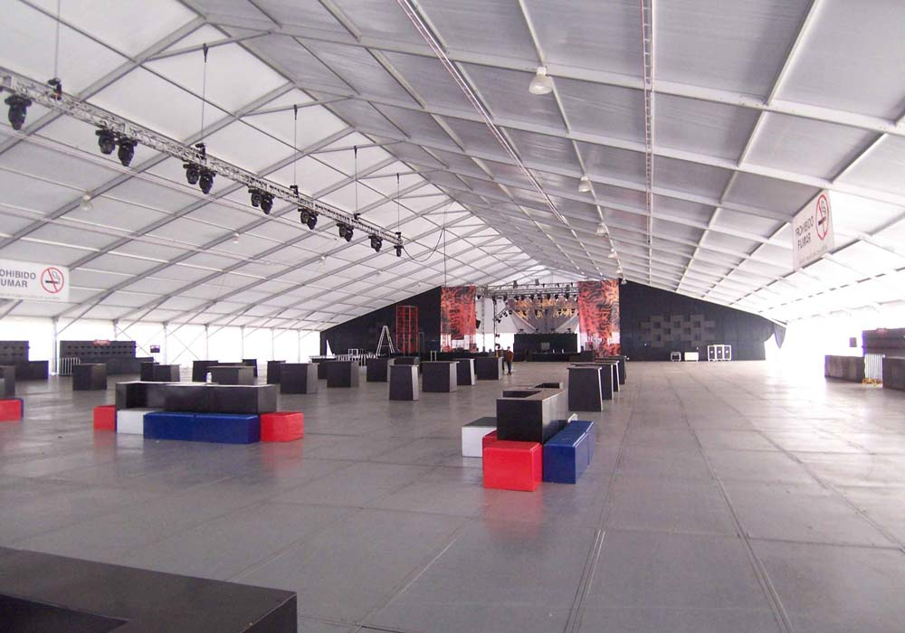 Structure Tent With Stage
