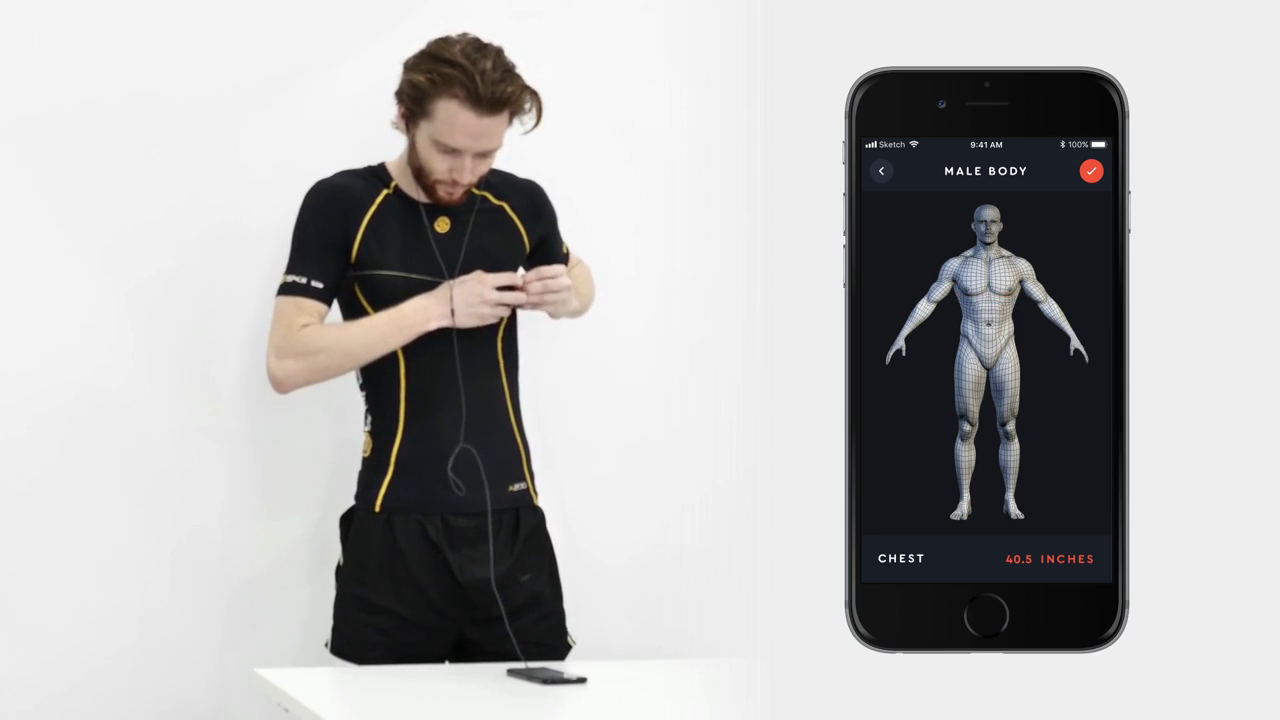 Man measuring himself with the measurements being synced to the app