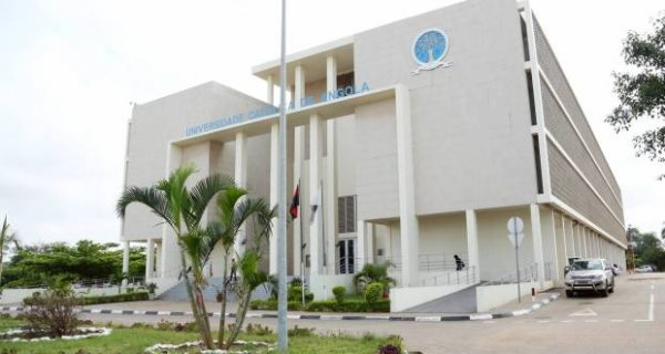Universidade Católica de Angola realiza encontro de preparação dos estudantes para o mercado de trabalho