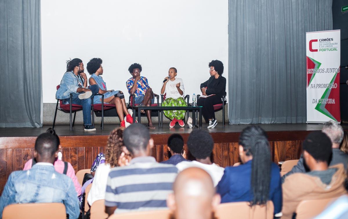 Estado da performance em Angola debatido em mesa redonda no Camões