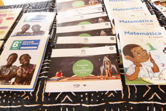 Cunene terá mais de 128 mil manuais escolares distribuídos de forma gratuita
