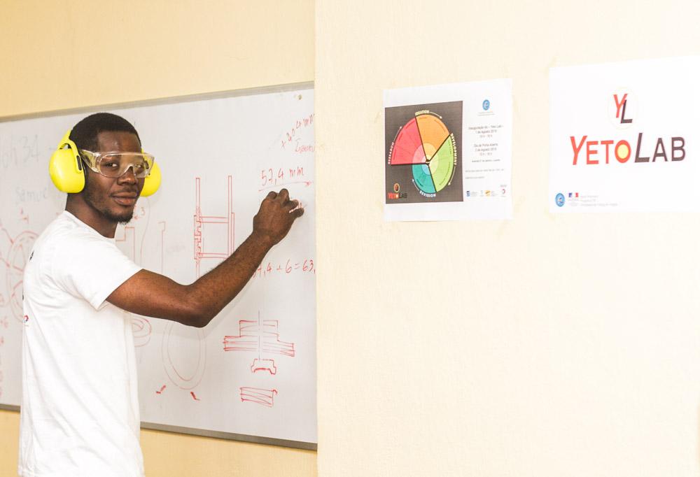UAN: Faculdade de Engenharia conta com novo laboratório para melhorar as competências técnicas dos estudantes