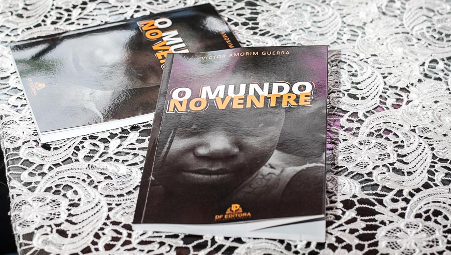 """Descubra o maravilhoso """"Mundo no Ventre"""" de Victor Amorim Guerra"""