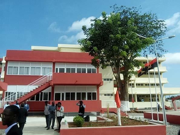 Dez anos depois, Escola Angola e Cuba reabre as portas para o ano lectivo 2020