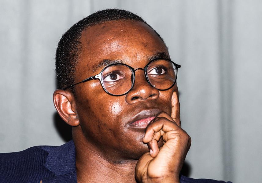 """""""Angola não é um país rico"""", afirmou Yuri Quixina"""