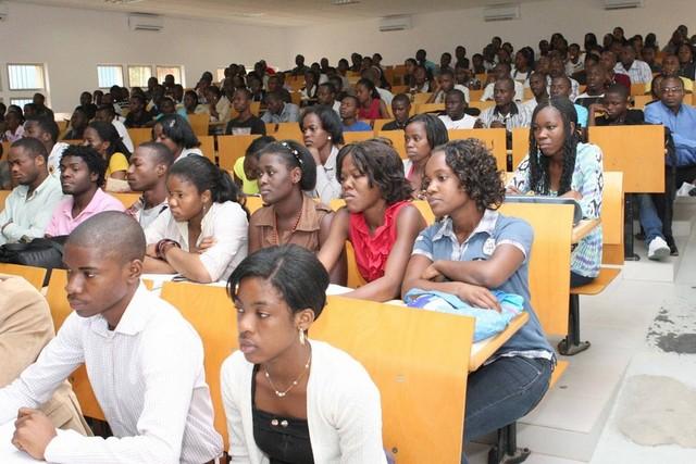 Egipto proporciona bolsas de estudo a Angola
