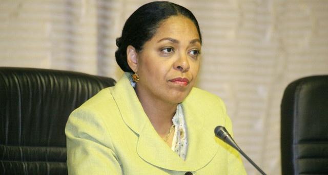 """ON – Irene Neto quebra """"consenso parlamentar"""" no MPLA"""