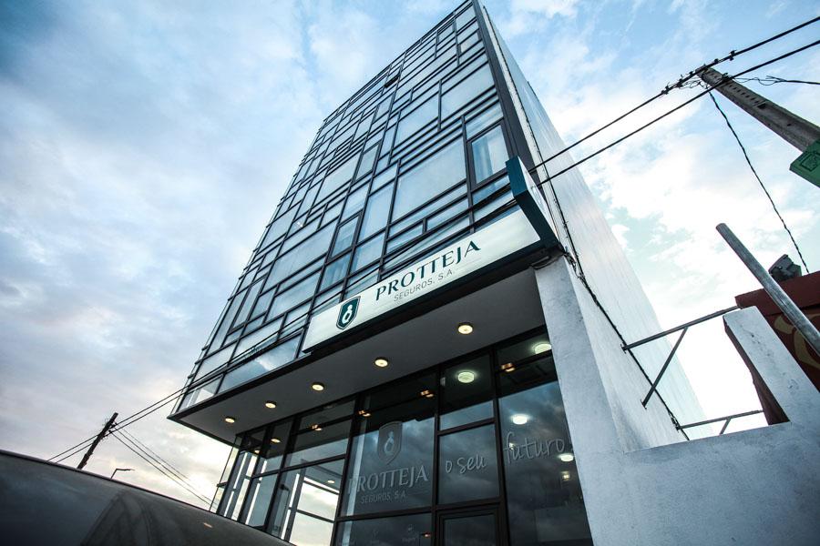 Protteja Seguros inaugura sede em Luanda e pretende recrutar jovens talentos