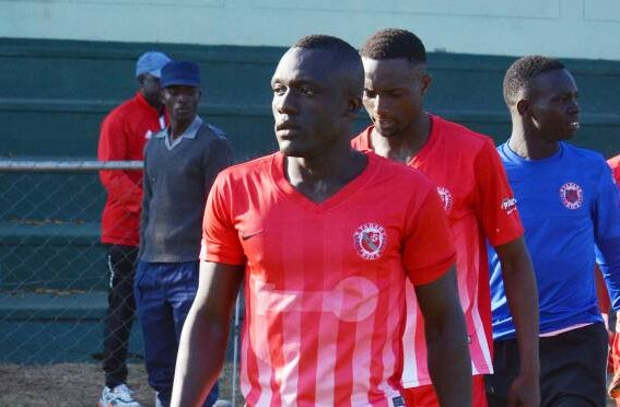Futebolista Junildy Borges actua no Zimbabwe