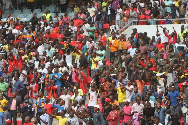 Adeptos contra a FAF após suspensão de um ano do técnico do 1º de Maio de Benguela