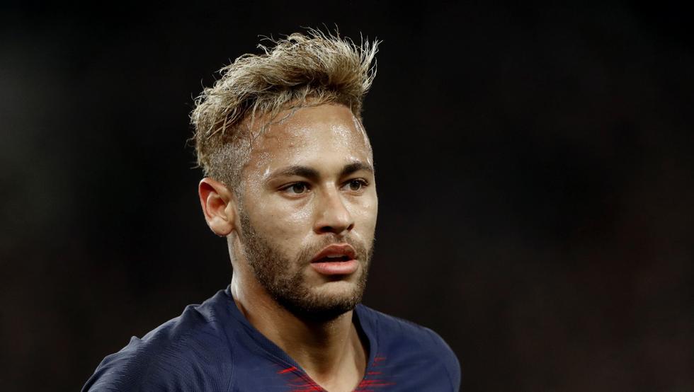 Neymar lamenta ter ido ao PSG e pretende voltar a jogar no Barcelona