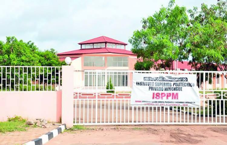 Instituto Superior de Menongue acusado de realizar inscrições de forma ilegal