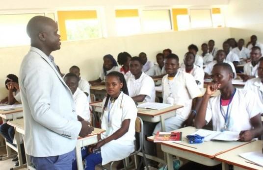 Benguela: Falta de alunos pode causar extinção de escolas na Ganda