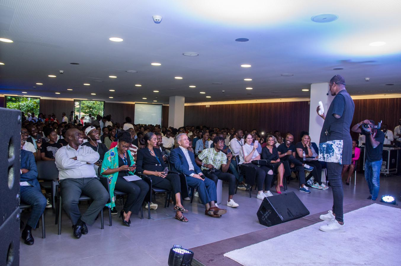 "Kotingo leva ""seu mundo, seu futuro"" à Academia BAI e ganha recorde de público"