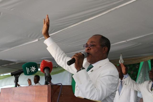 """""""Líderes africanos devem agir como filhos deste continente"""", defende bispo tocoista"""