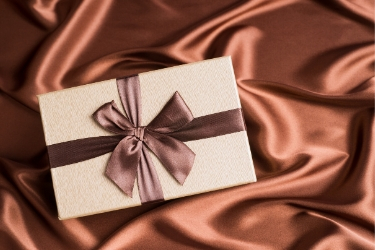 Use special packaging to enhance the perceived value