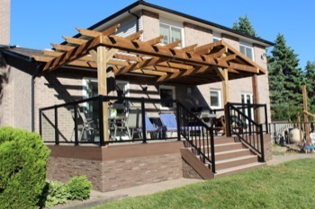 Markham fence and deck builders2