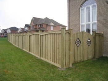 majestic wood fence for the backyard