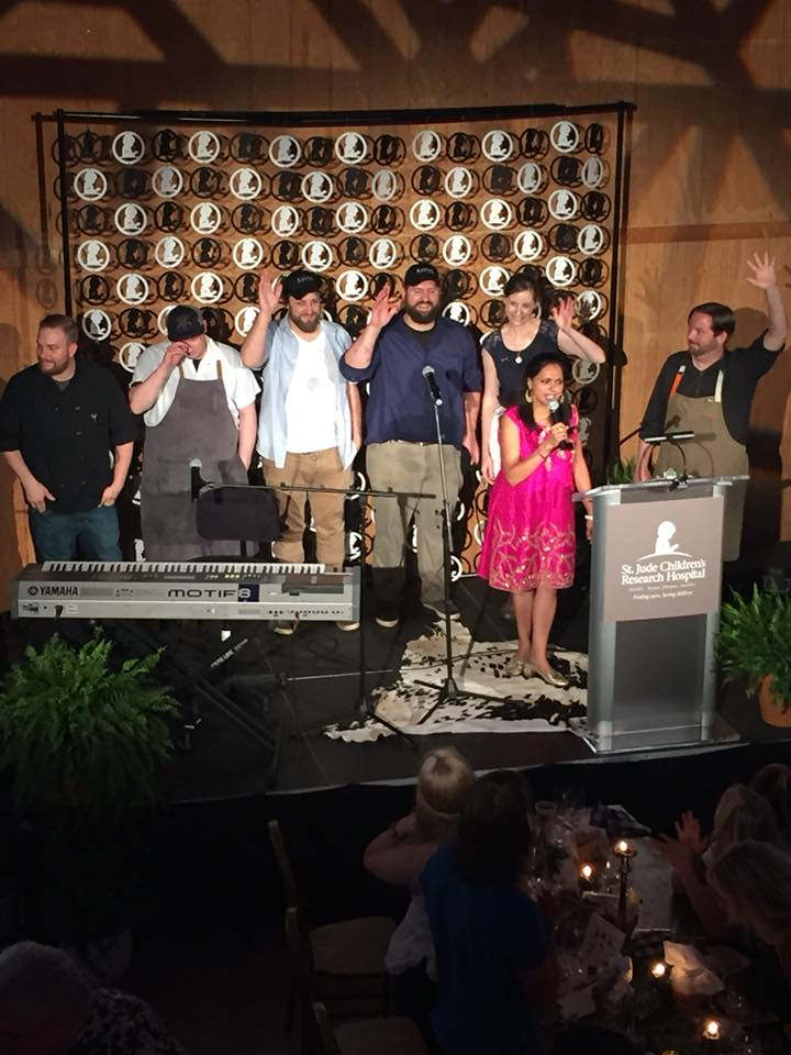 Emcee Maneeet Chauhan with all 6 Nashville chefs