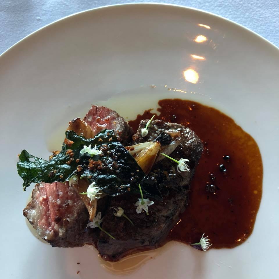 Ribeye - Spring onions with a sauce of grilled brassicas and preserved berry vinegar