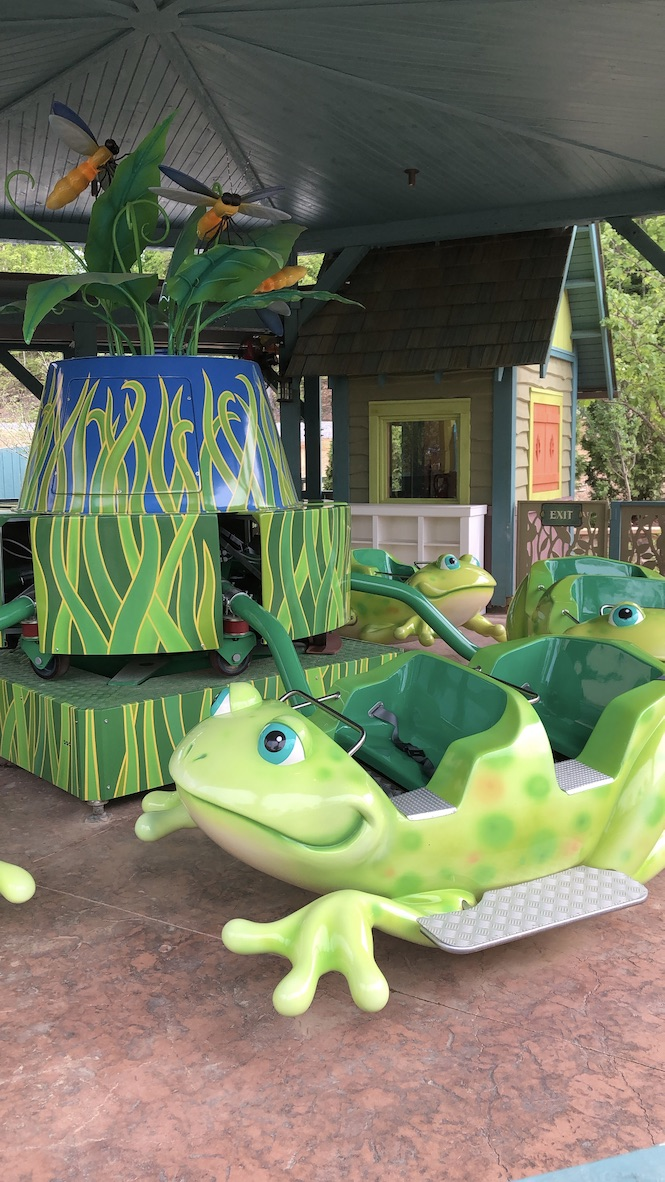 kids frog ride in Wildwood Grove at Dollywood