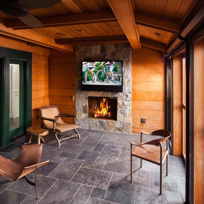 Outdoor Entertainment Room