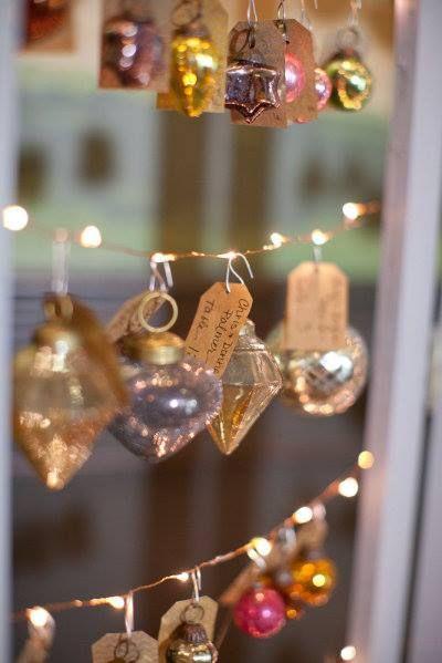 ornament decoration station