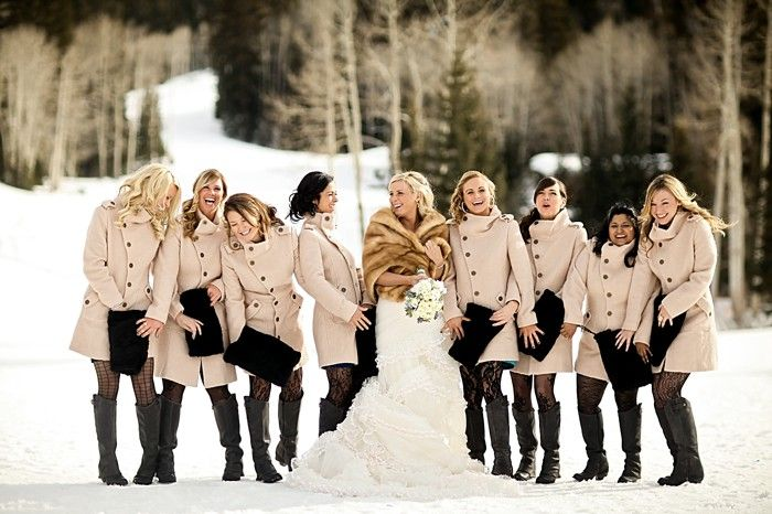 bridesmaids wearing tan peaco