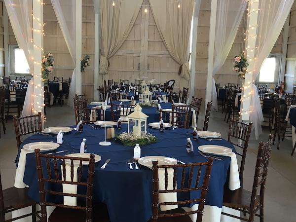 Endicott Wedding Kyland Barn Table Setting