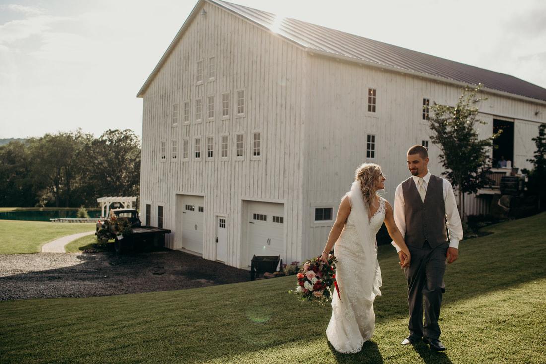white barn lucas farm