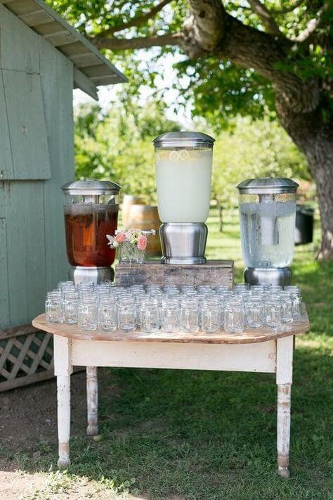 BBQ Wedding Decor