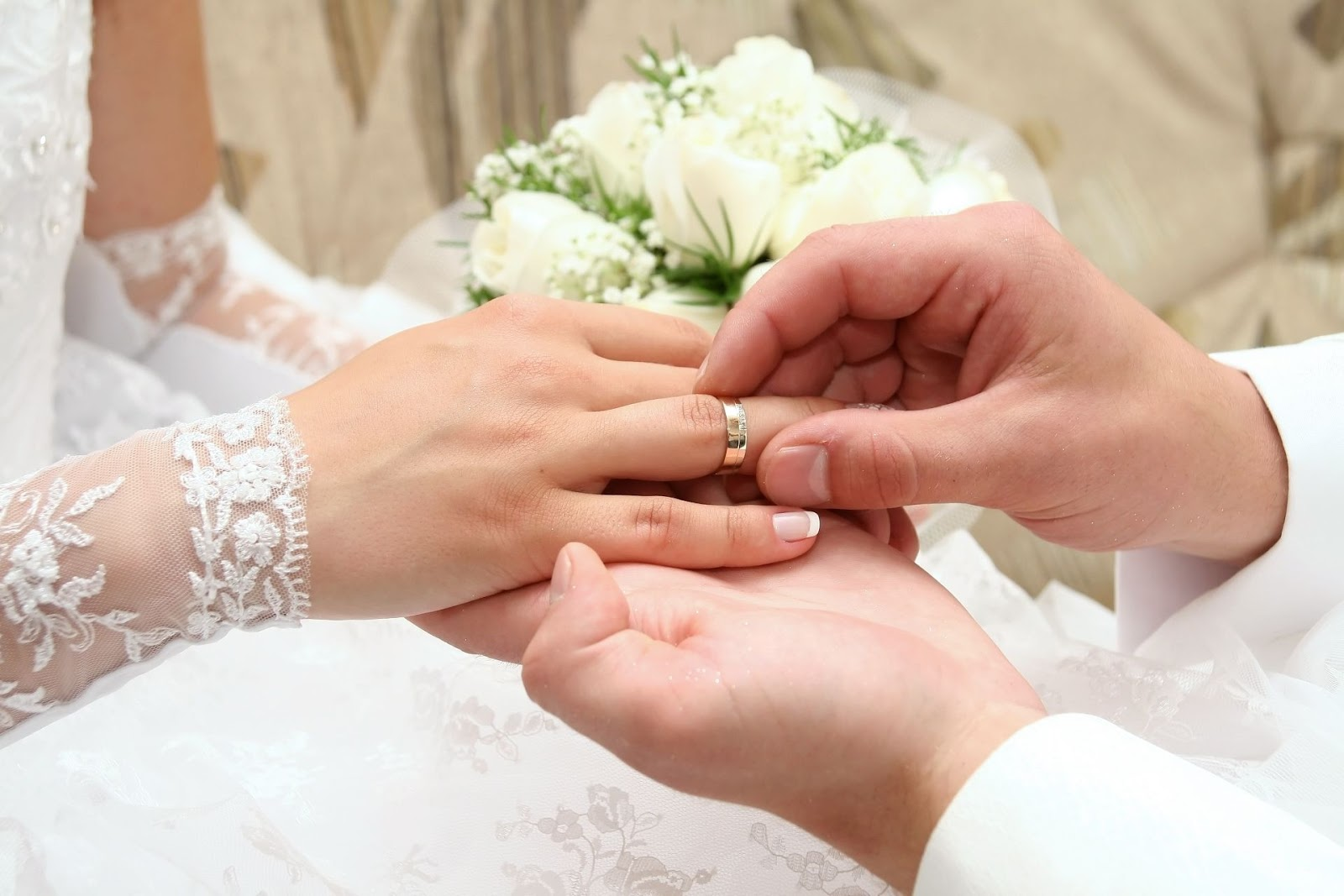 ring exchange at wedding