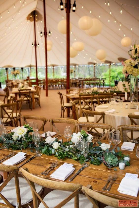 Rustic tent wedding. Photo via willowdaleestate.com