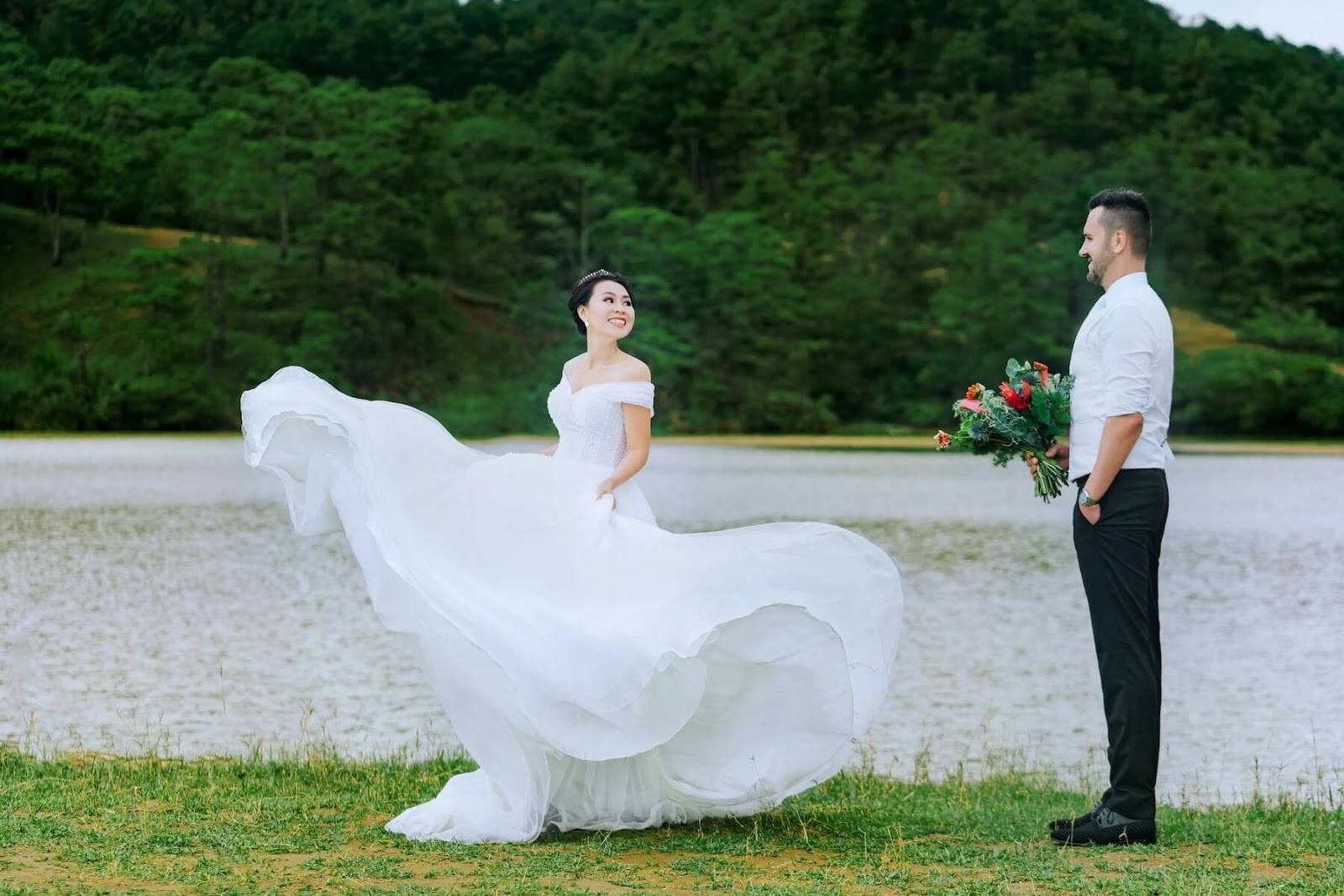 7 Tips for Planning An Incredible Waterfront Wedding