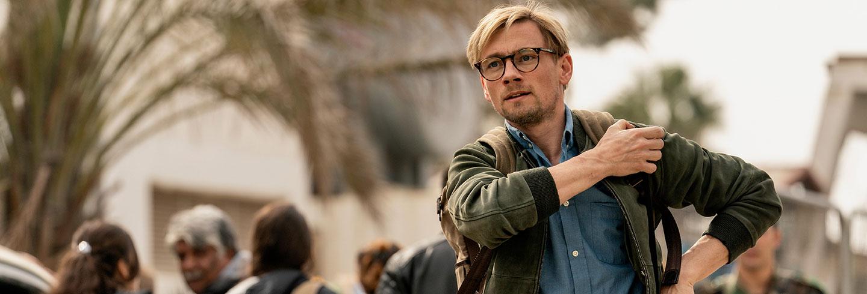 """Film poster for the Danish movie """"Ser du månen, Daniel""""."""