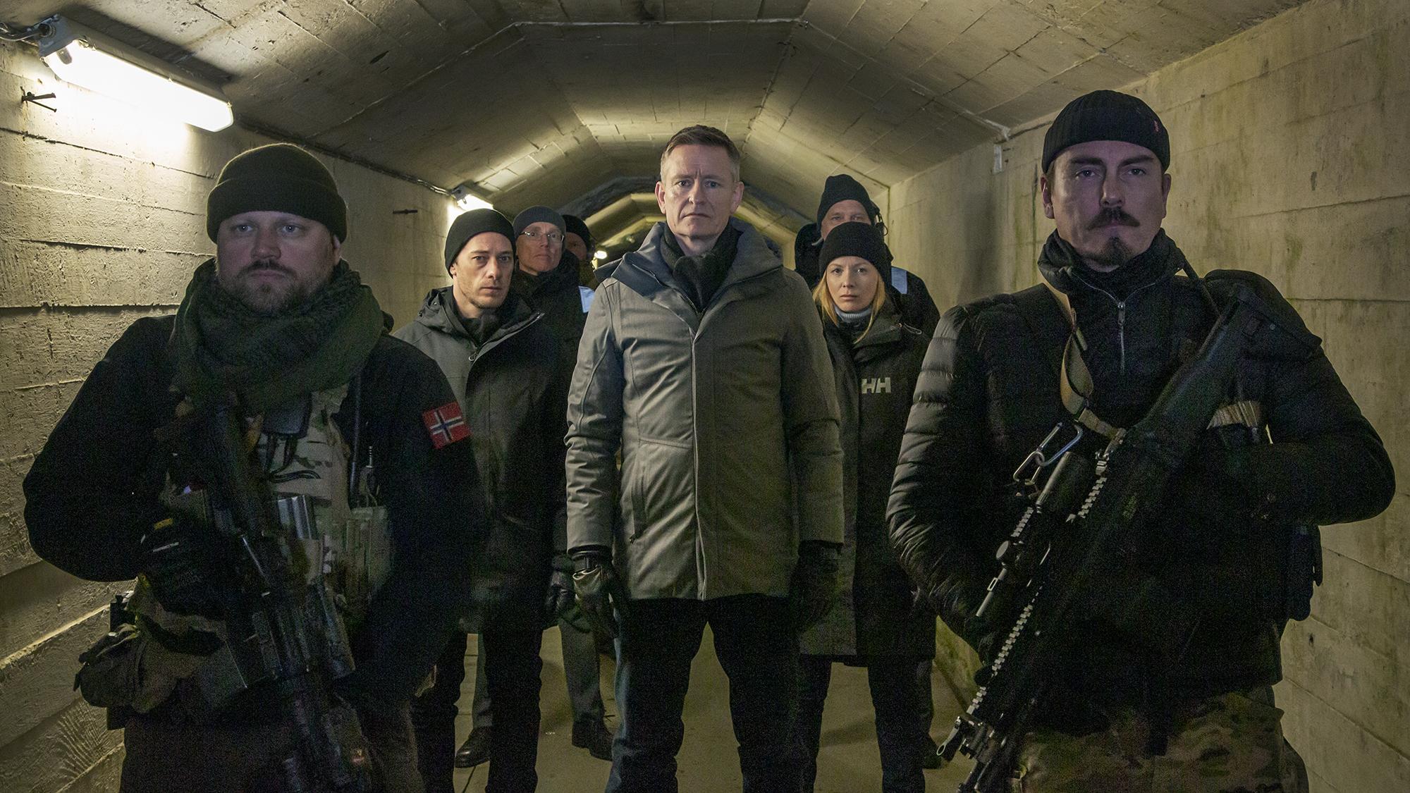 Poster for season 3 og the TV-series Occupied